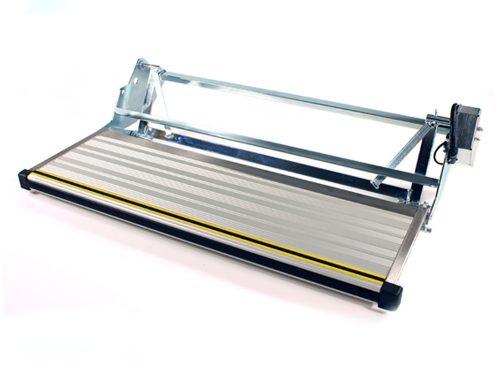 Z Series Step (ZE900)