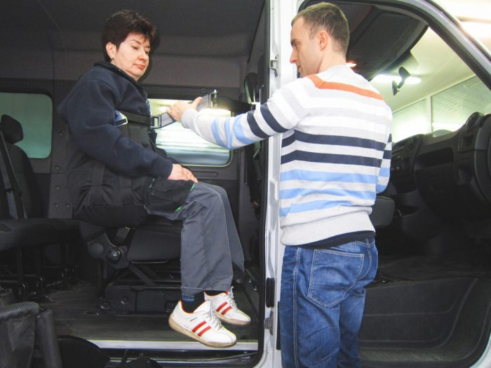 Hurt Electric Person Hoist (Rear Seating Positions)